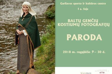 Baltų genčių kostiumų fotografijų paroda
