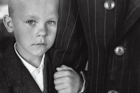 """Antano Sutkaus fotografijų paroda """"Tėvo ranka"""""""